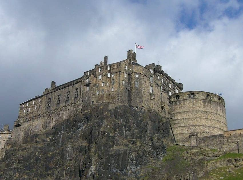 Find British - Edinburgh Castle