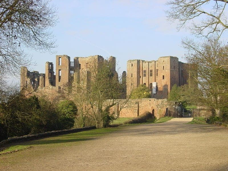 Find British - Kenilworth Castle