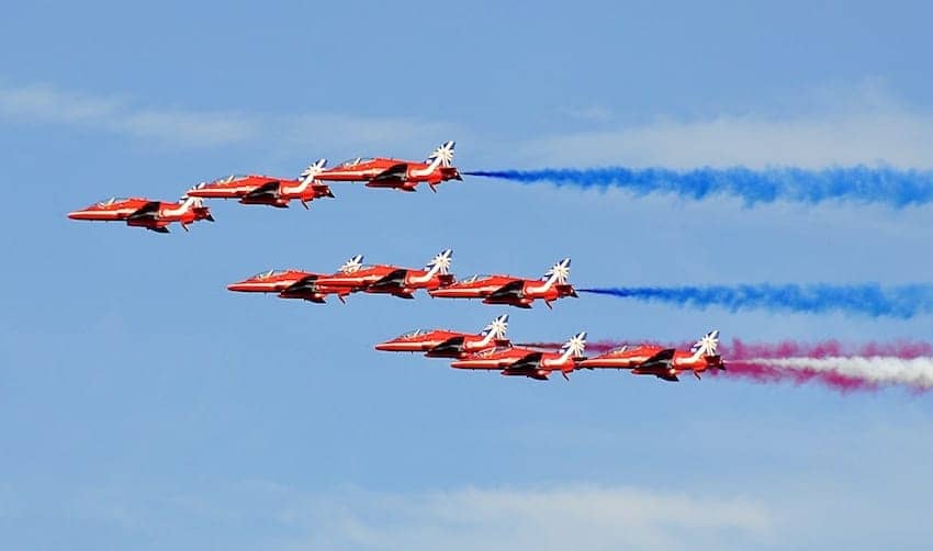 Find British - The Red Arrows