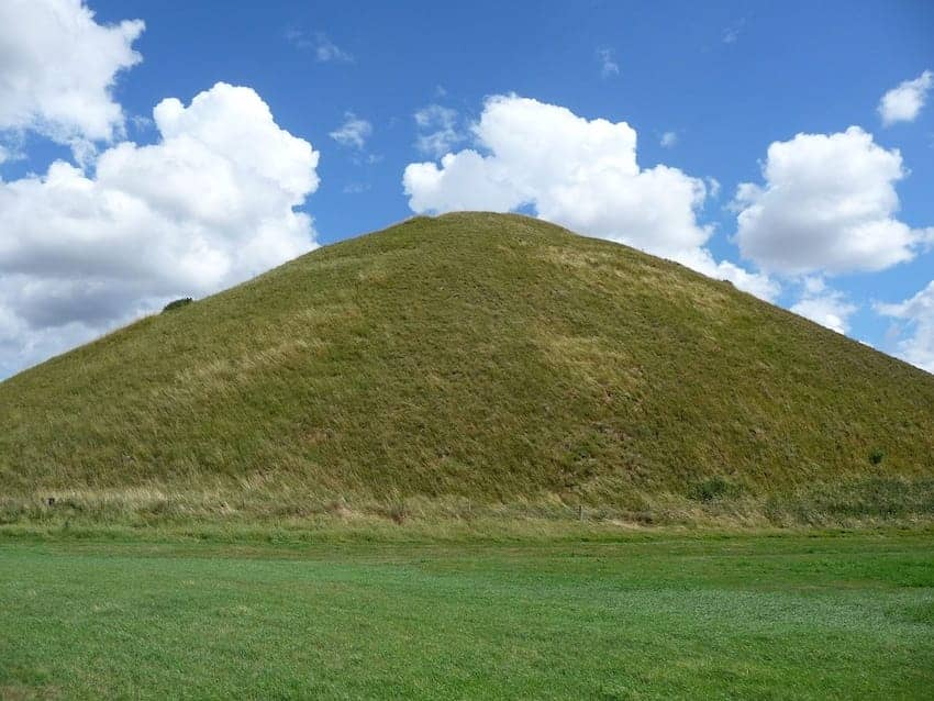 Find British - Silbury Hill